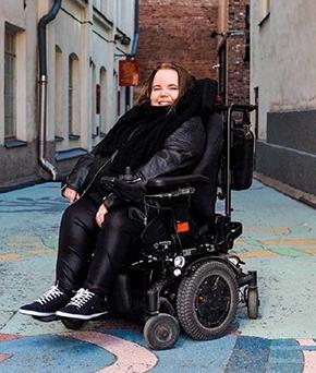 Aino Ikävalko, kokemusasiantuntija. Kuva: Heidi Siipola