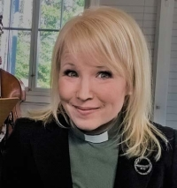 Kuvassa asiantuntija Katri Suhonen