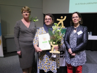 Kaija Ray, Lea Nikula ja Laura Andersson.