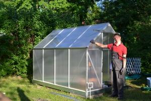 CP-vammainen Riku Silander perusti yrityksen puutarha-alalle