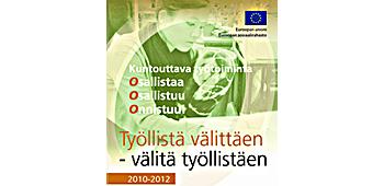 Työllistä välittäen -projektin rollup - nainen ompelee.