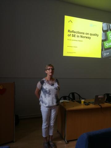 Grete Wangen Norjan tuetun työllistymisen yhdistyksestä Vatesin järjestämässä pohjoismaisessa työpajassa.